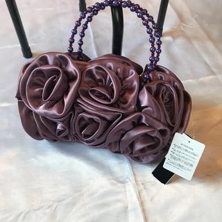 ●新品保管品☆紫薔薇ボリューム2wayクラッチ●二次会、パーティ(クラッチバッグ)