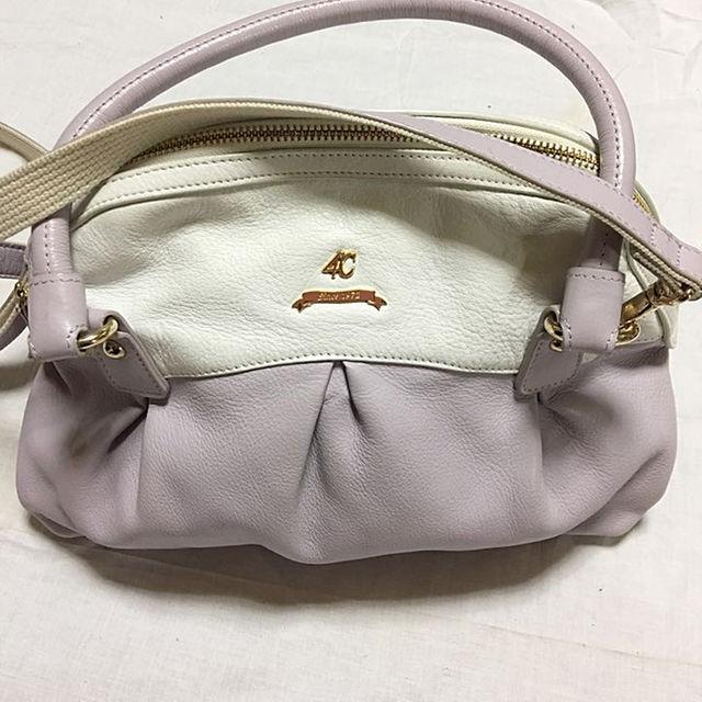 4℃(ヨンドシー)のお値下げ 4℃  ショルダー  ボストン2way bag レディースのバッグ(ショルダーバッグ)の商品写真