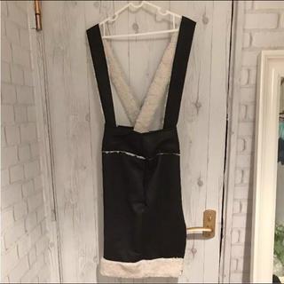アイリーベリー(Irie Berry)のIRIE BERRYフェイクムートンモコモコスカート新品¥10260(ひざ丈スカート)
