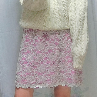 ロキエ(Lochie)のレーススカート(ひざ丈スカート)