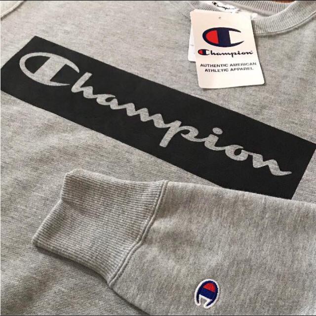 Champion(チャンピオン)の新品❤️チャンピオン ロゴ トレーナー グレーLL メンズのトップス(スウェット)の商品写真