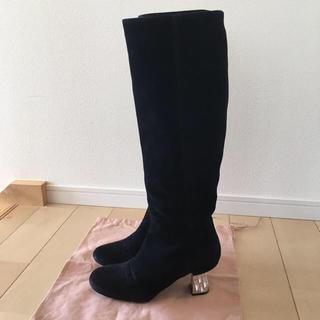 ミュウミュウ(miumiu)のmiumiu ビジュー付きロングブーツ 美品♥️(ブーツ)