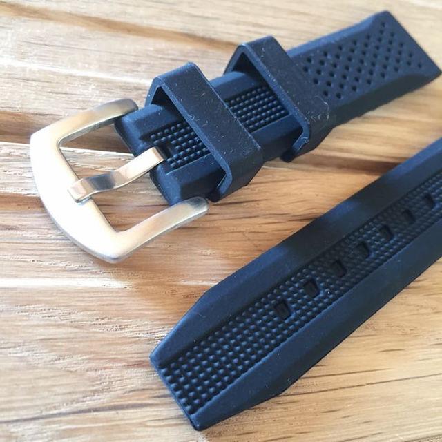 #20mm ブラックミリタリーラバーバンド メンズの時計(その他)の商品写真