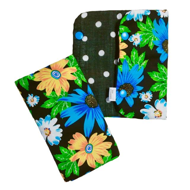 よだれカバー(ブルー花柄) ハンドメイドのキッズ/ベビー(外出用品)の商品写真