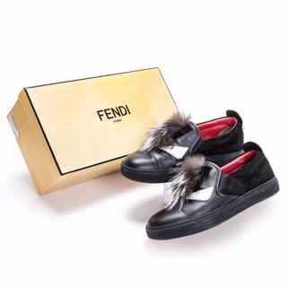 フェンディ(FENDI)のフェンディ 靴 メンズ バッグバグズ モンスター スリッポン 100284(スリッポン/モカシン)