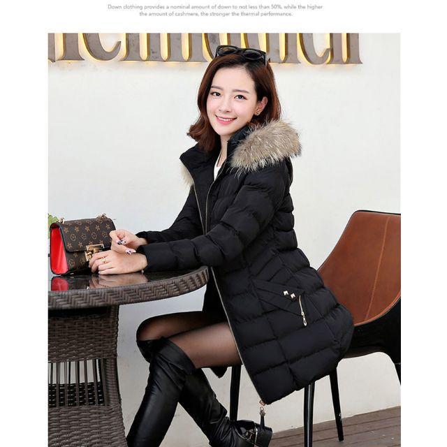 韓国風 2017年新しいデザイダウン胴着  黒 レディースのジャケット/アウター(ロングコート)の商品写真