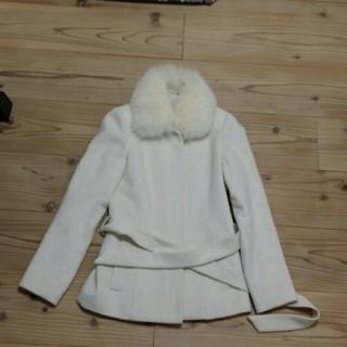 ザジ(ZAZIE)の[るみ様専用]11月20日までZAZIEホワイトfox襟付コート(ピーコート)