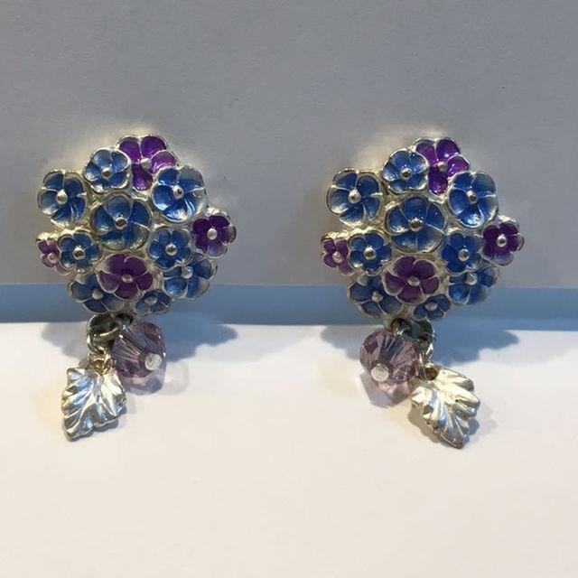 イヤリング 紫陽花 レディースのアクセサリー(イヤリング)の商品写真
