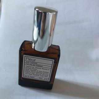 オゥパラディ(AUX PARADIS)のオゥパラディ パルファム フルール(香水(女性用))