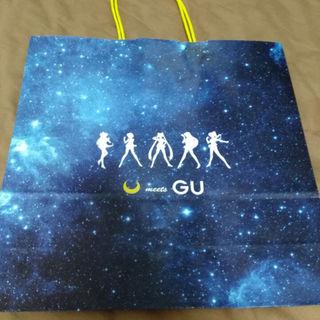 ジーユー(GU)のセーラームーン 紙袋(その他)