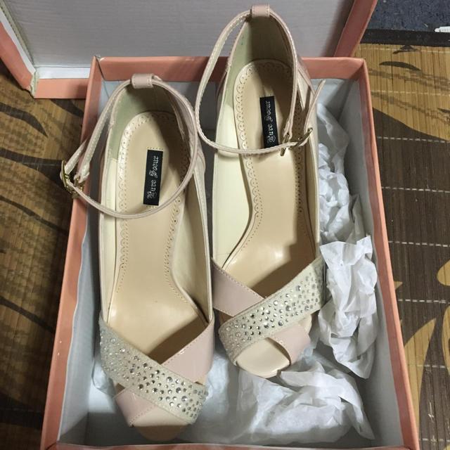 可愛いパンプス レディースの靴/シューズ(ハイヒール/パンプス)の商品写真