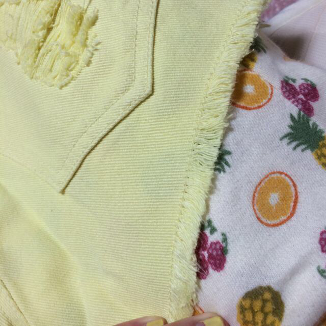 GRL(グレイル)のパステルイエロー ショーパン レディースのパンツ(ショートパンツ)の商品写真