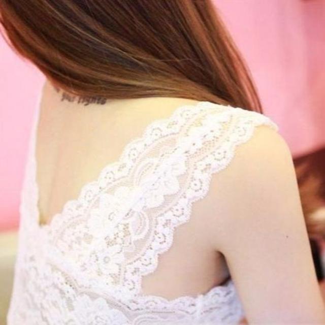 新品☆レースキレイパット付 キャミ ホワイト レディースのトップス(キャミソール)の商品写真