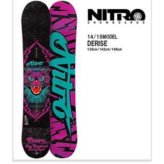 ナイトロ(NITRO)のスノボ板 一回のみ NITRO カバー、バインディング、デッキマッド付(ボード)