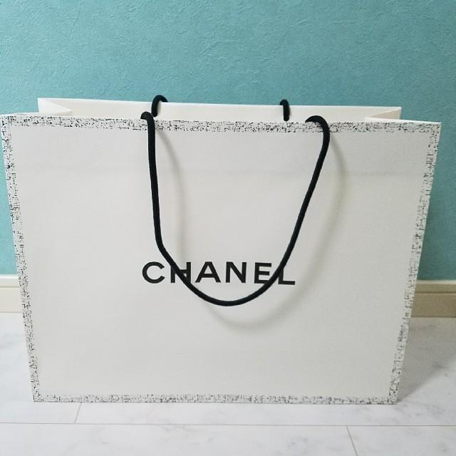 22545a9d8c07 CHANEL(シャネル)のシャネル ショップバッグ 大きめ カメリア レディースのバッグ(ショップ袋