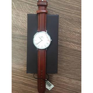 ダニエルウェリントン(Daniel Wellington)のDaniel Wellington ワイト ダラムシルバー 40mm ユニセック(腕時計(アナログ))