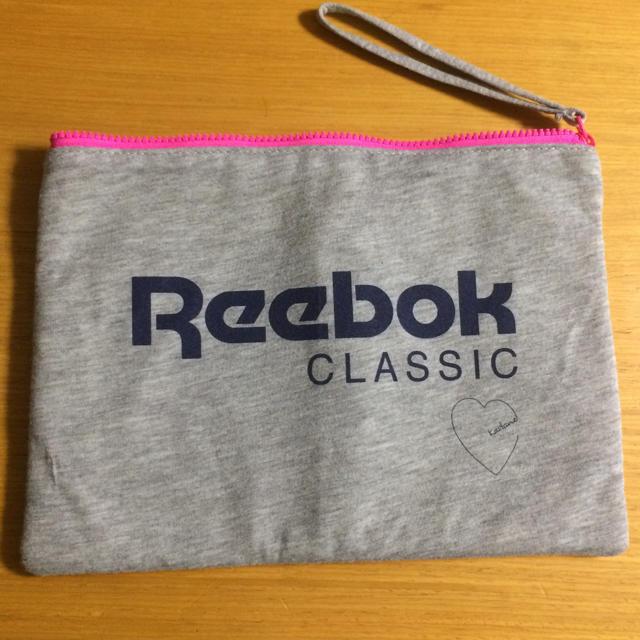 Reebok(リーボック)のReebok ポーチ レディースのファッション小物(ポーチ)の商品写真