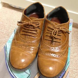 フーズフーチコ(who's who Chico)のフラットシューズ(ローファー/革靴)