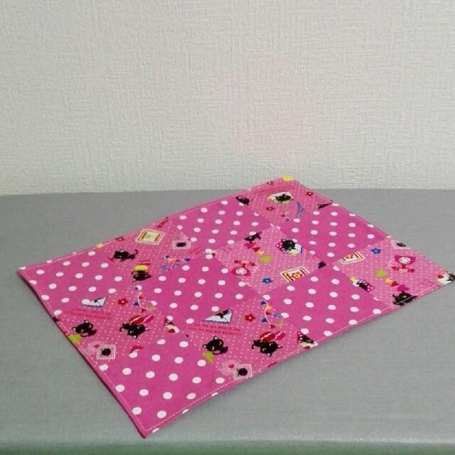 現品限り☆黒ネコと水玉のランチョンマット ハンドメイドのキッズ/ベビー(外出用品)の商品写真