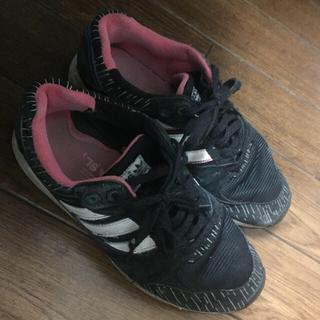 アディダス(adidas)のadidasアディダスSHW6750001 25.0(スニーカー)