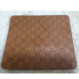 グッチ(Gucci)のGUCCI グッチ マウスパッド 新品 未開封(PC周辺機器)