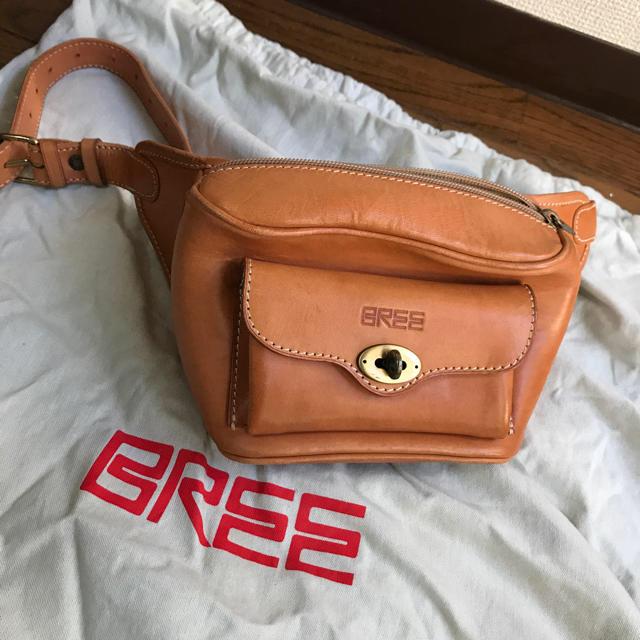 BREE(ブリー)のBREEヌメ革 ウエストバッグ レディースのバッグ(ボディバッグ