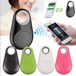 GPSタグ⭐️大切な物に付けて紛失防止に!Bluetooth接続 キーチェーン黒(その他)