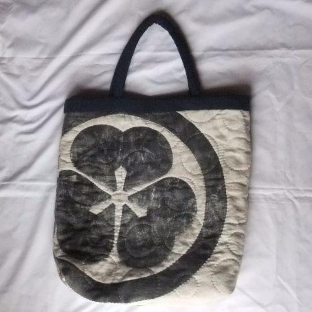 002M[ハンドメイド]バッグ 白 武者ののぼり旗からのリメイク ハンドメイドのファッション小物(バッグ)の商品写真