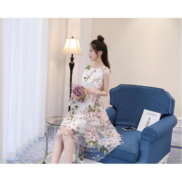 ピンクの花柄♡膝丈ワンピ レディースのワンピース(ひざ丈ワンピース)の商品写真