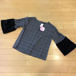 シマムラ(しまむら)の新品♡ 袖ファー2wayトップス(カットソー(半袖/袖なし))