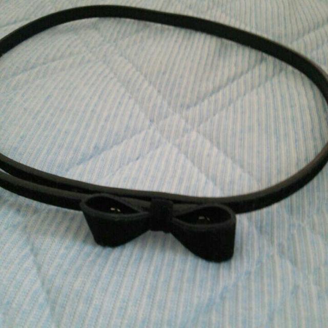 りぼんの黒ベルト レディースのファッション小物(ベルト)の商品写真