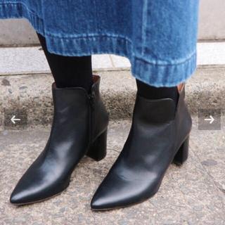 イエナ(IENA)の【新品】今季イエナPACO POVEDA 7cm ショートブーツ38(ブーツ)