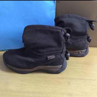 ナイキ(NIKE)の「ナカメ様専用」ナイキ チャカモック キッズ 21cm(ブーツ)