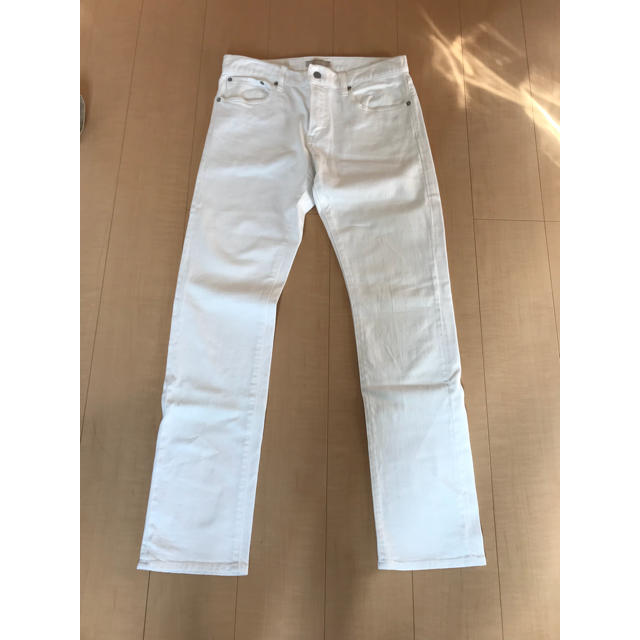 UNIQLO(ユニクロ)のユニクロ 白 ズボン メンズのパンツ(デニム/ジーンズ)の商品写真