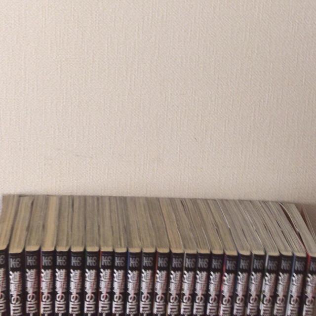 進撃の巨人マンガ全巻1巻〜23巻+12月8日発売24巻も エンタメ/ホビーの漫画(全巻セット)の商品写真