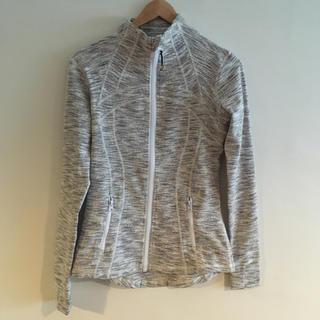ルルレモン(lululemon)の値下げ!lululemon Jacket size4 *outlet*(ヨガ)