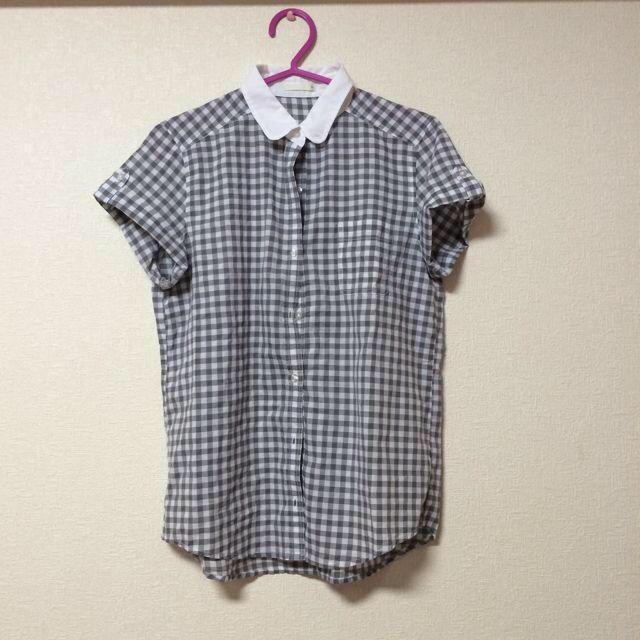 GU(ジーユー)のGUギンガムチェックシャツ レディースのトップス(シャツ/ブラウス(半袖/袖なし))の商品写真