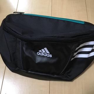 アディダス(adidas)のadidas(ボディバッグ/ウエストポーチ)