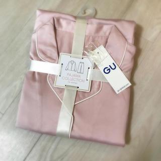 ジーユー(GU)の専用! guサテンパジャマ ピンクと白のセット(パジャマ)