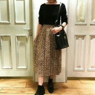 ジーユー(GU)の新品 GU ヒョウ柄スカート(ひざ丈スカート)