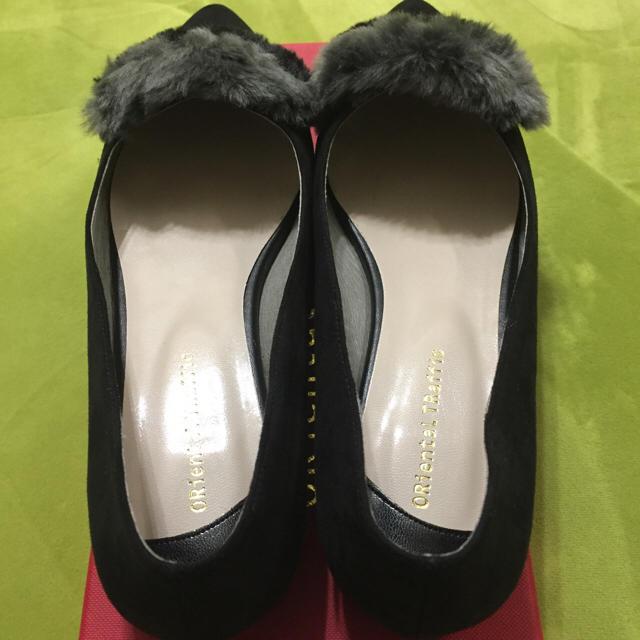 ORiental TRaffic(オリエンタルトラフィック)のバイカラーファーパンプス レディースの靴/シューズ(ハイヒール/パンプス)の商品写真