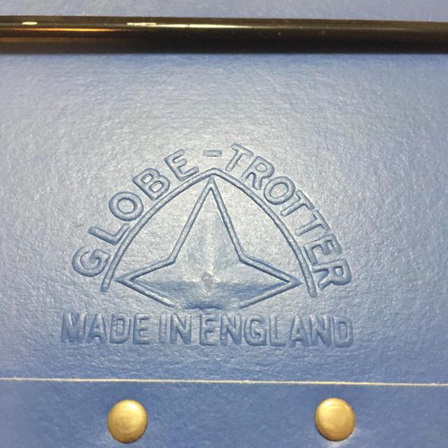 GLOBE-TROTTER(グローブトロッター)のグローブトロッター クルーズ ロイヤルブルー  9インチケース レディースのバッグ(スーツケース/キャリーバッグ)の商品写真