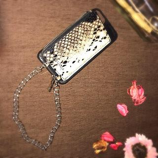 ムルーア(MURUA)のiPhone7ケース(iPhoneケース)