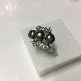 淡水真珠3つ玉 &キュービックジルコニア リング ブラック14号(リング(指輪))