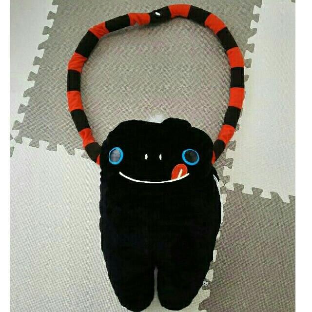 モケケ 2way  バッグ エンタメ/ホビーのおもちゃ/ぬいぐるみ(ぬいぐるみ)の商品写真