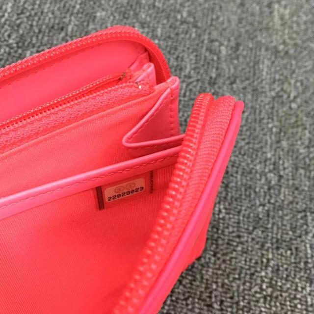 CHANEL(シャネル)の超美品❣️正規シャネルLEBOYエナメル長財布 ゴールド金具 レディースのファッション小物(財布)の商品写真