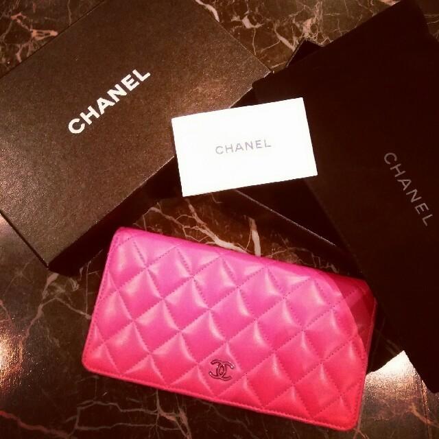 CHANEL(シャネル)のCHANEL マトラッセ 長財布 正規品 美品 シャネル レディースのファッション小物(財布)の商品写真