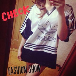 アディダス(adidas)の♡adidasビッグTシャツ♡(Tシャツ(半袖/袖なし))