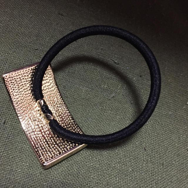 [新品]ベロアヘアゴム ブラック レディースのヘアアクセサリー(ヘアゴム/シュシュ)の商品写真