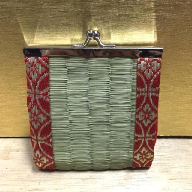 畳 がま口 定番タイプ 赤 ハンドメイドのファッション小物(財布)の商品写真